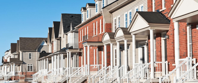 convenient-condo-living-townhouses.png