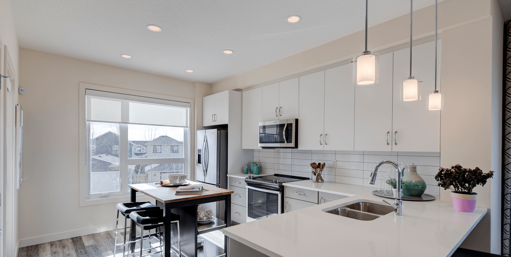 The Best Townhome Designs for Multi-Generational Living Rosewood18.o Kitchen Featured Image