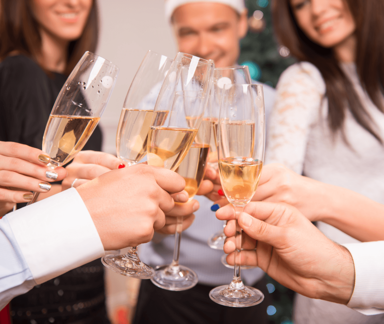 7 Fun Ways to Celebrate New Years at Home Champagne Image