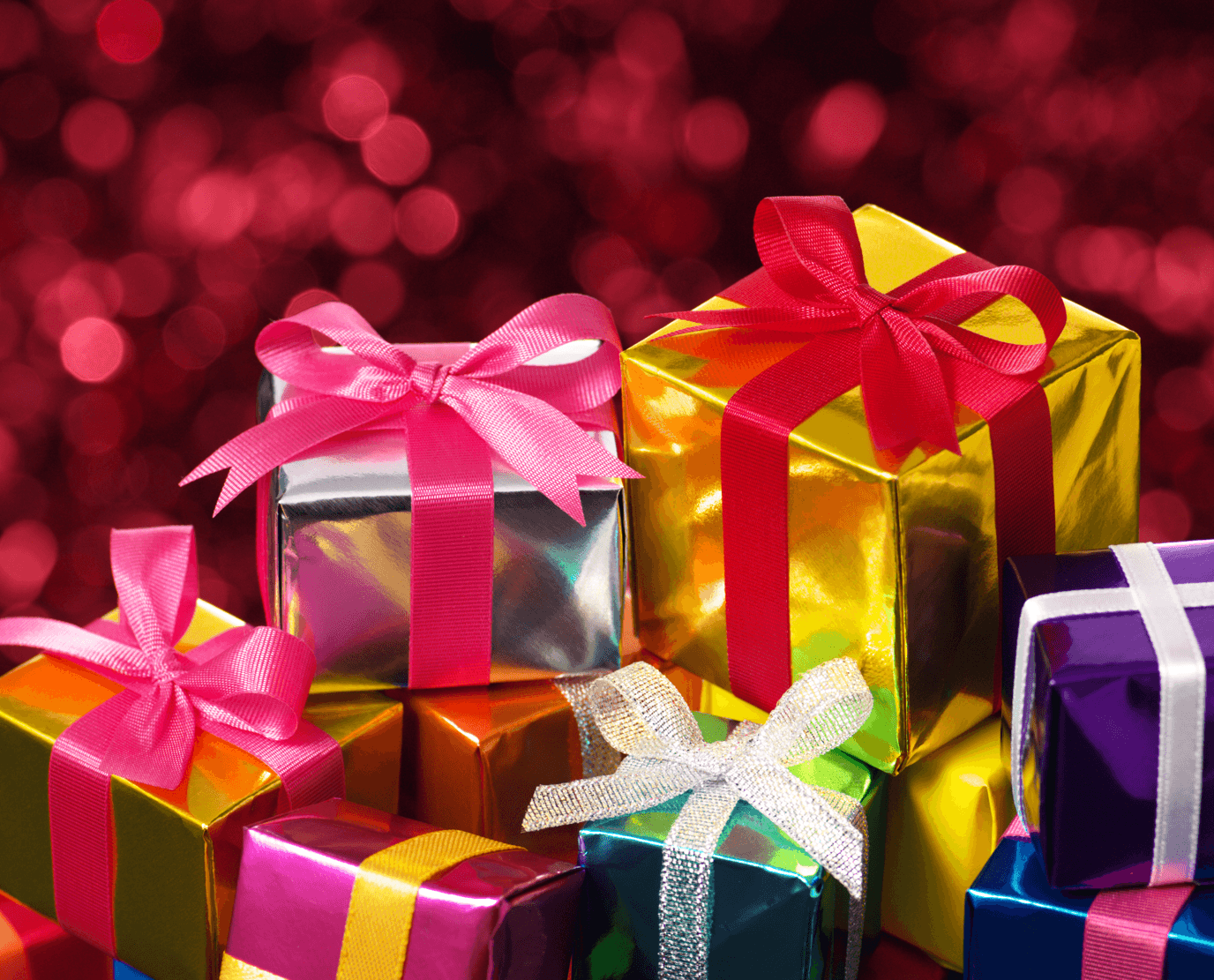 Tips for Christmas Shopping on a Budget Gifts Image