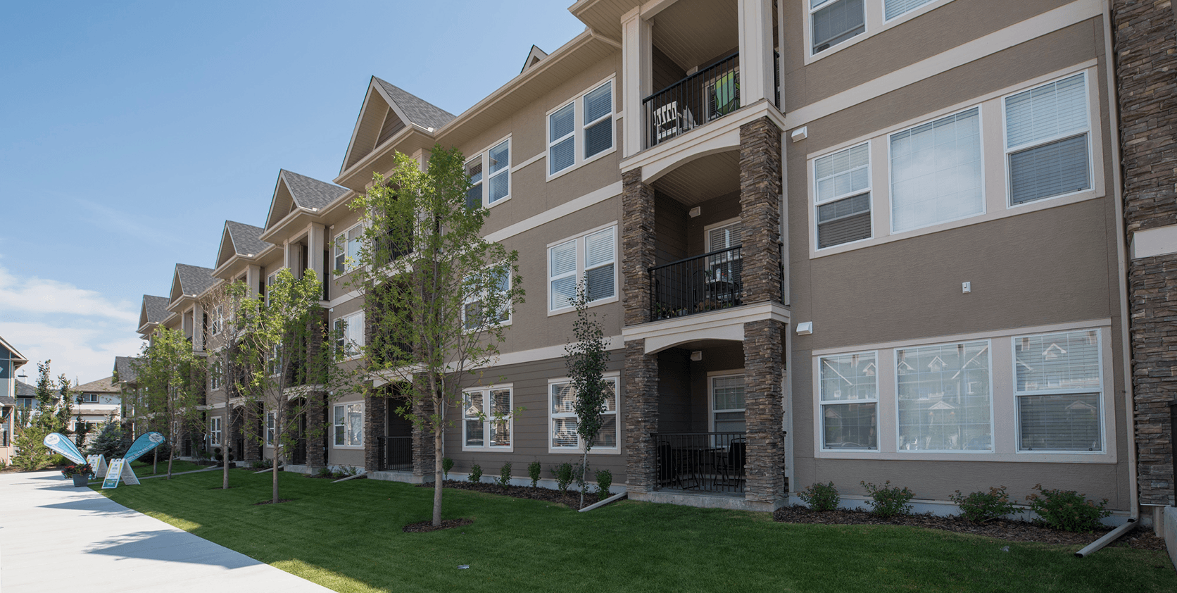Good Reasons to Live in Cranston Exterior Featured Image