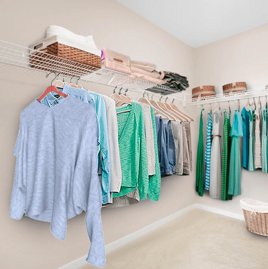Maximizing Space: The Closet Clothes Image