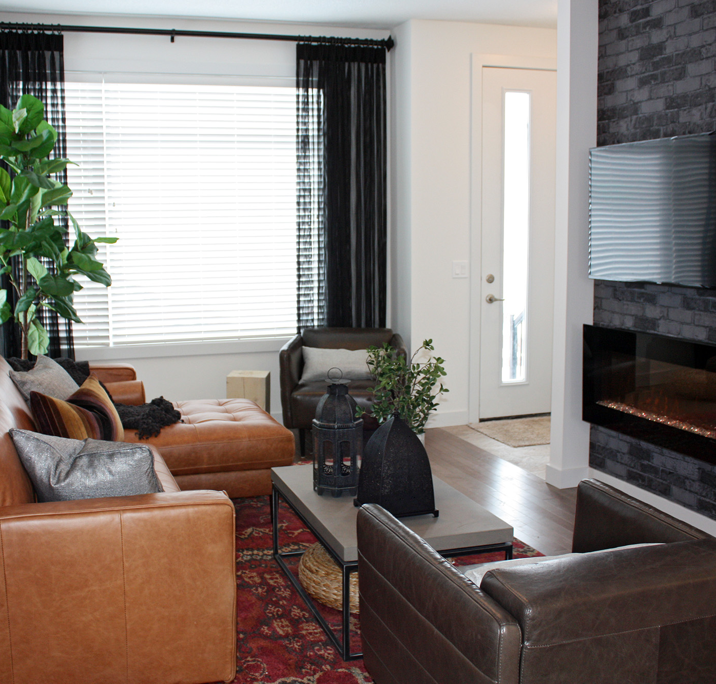 showhome-grand-opening-townes-redstone-living-room-image