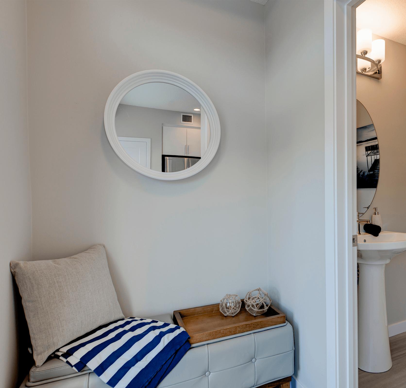 Multi-Purpose Furniture Ideas for Your Condo Mudroom Image